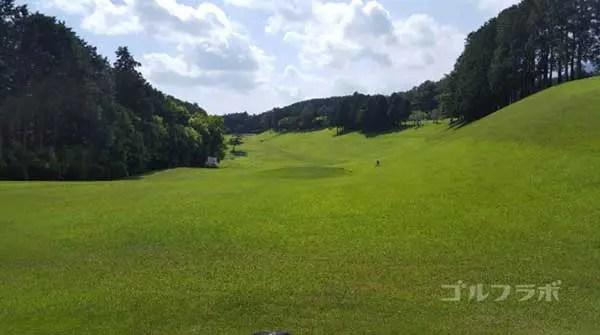 沼津ゴルフクラブの駿河3ホールのティーグラウンド