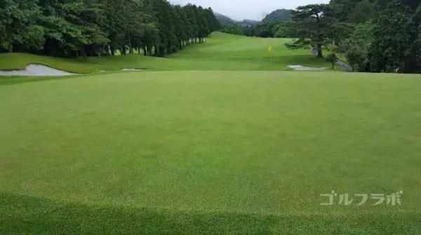 富士カントリークラブの14番ホールのグリーン