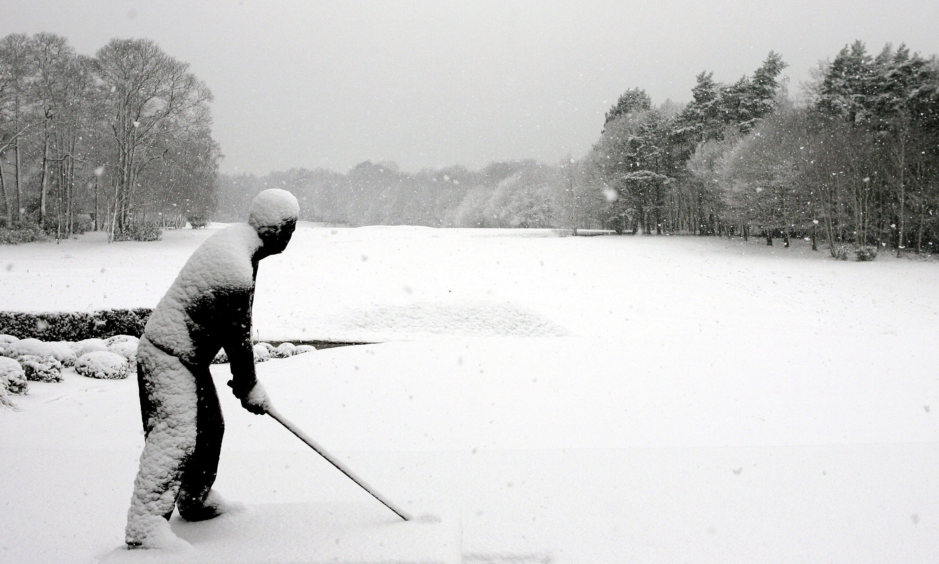 Bilderesultat for winter golf picture
