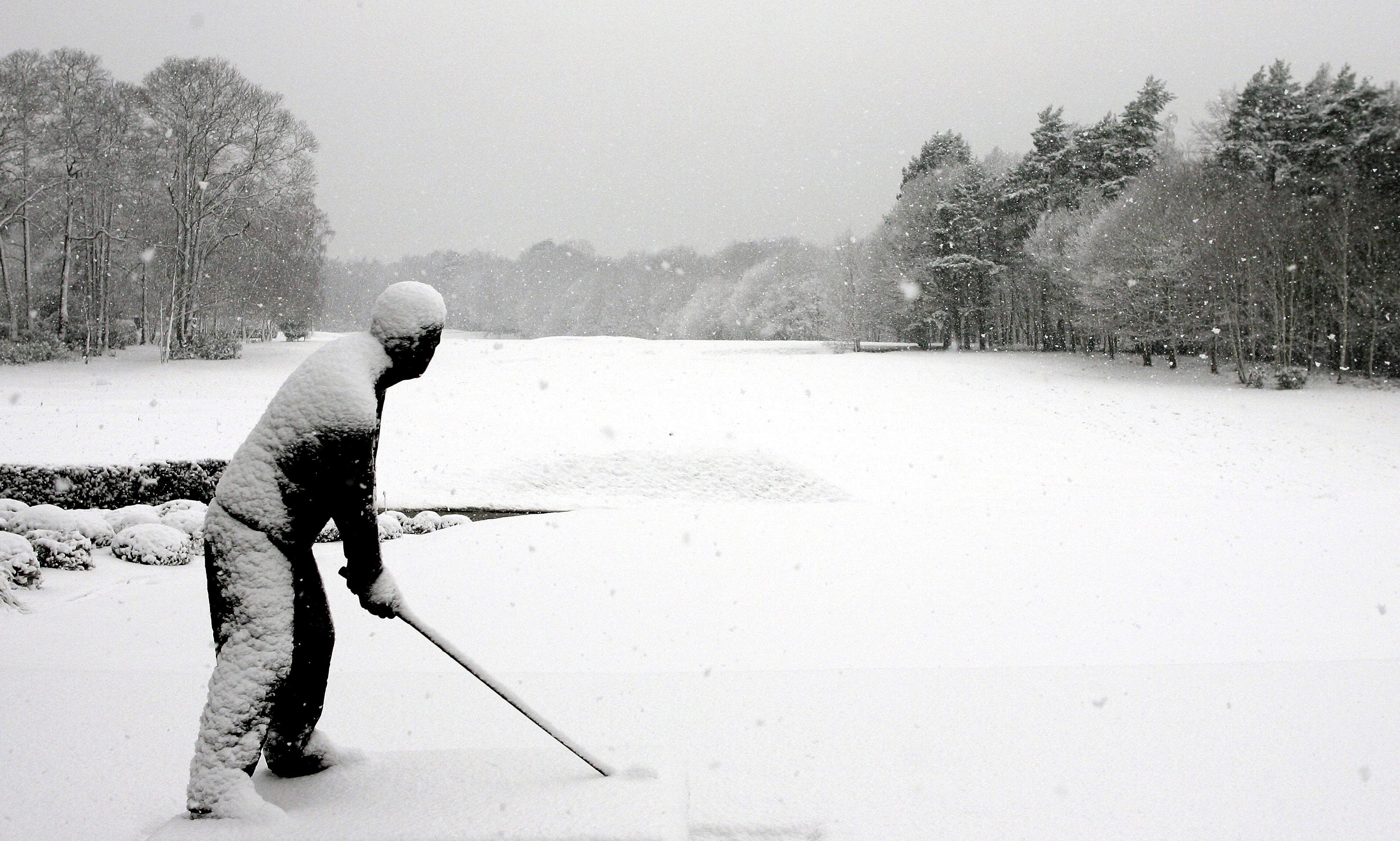 Bilderesultat for winter golf picture