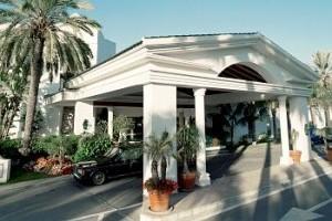 image_hotel_exterior_entrance_1