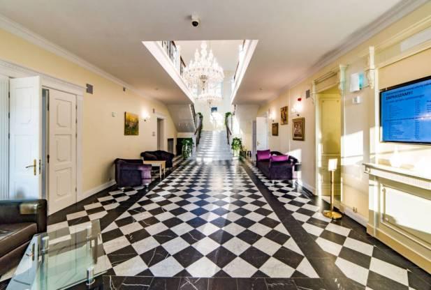 Sobienie_Krolewskie_hotel_pod_Warszawa_24
