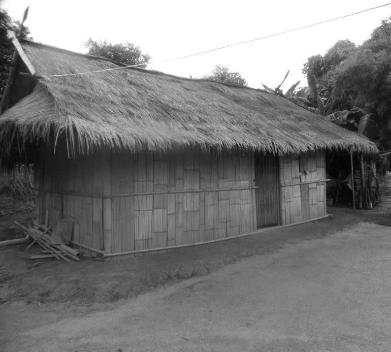 karen hut thailand