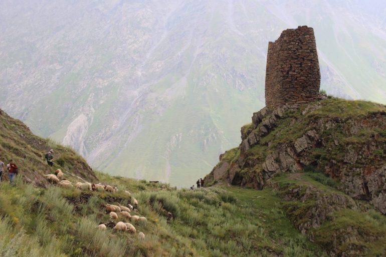 Kazbegi hiken wereldreis