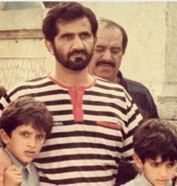 جولولي حمدان بن محمد بن راشد آل مكتوم يتذكر أخيه راشد بصور