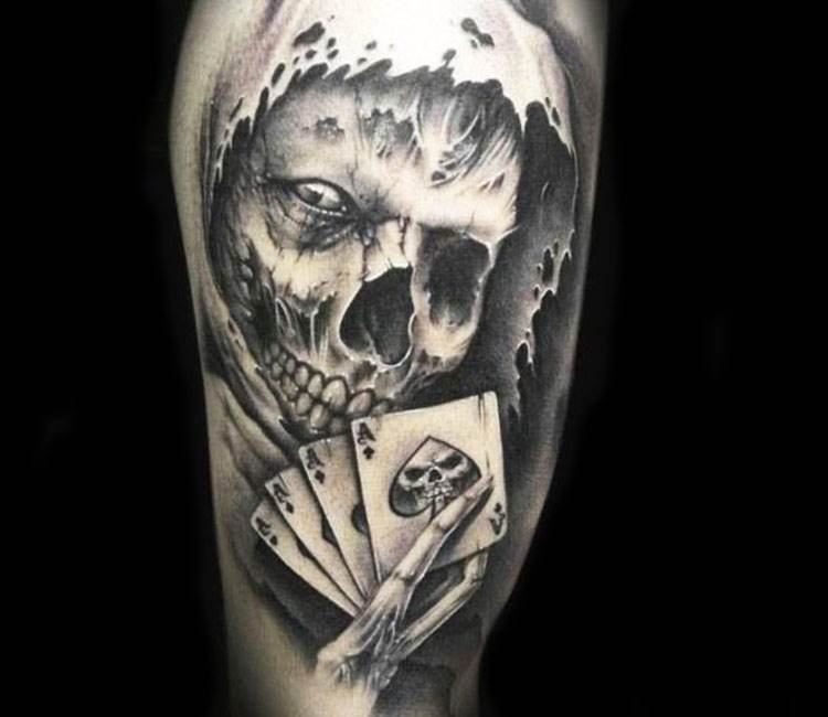 Skeloton Skull Of Devil Tattoo On Arm To Get Manly Look