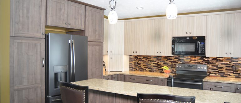 The Latest In Kitchen Color Schemes For 2019 Mcdaniels
