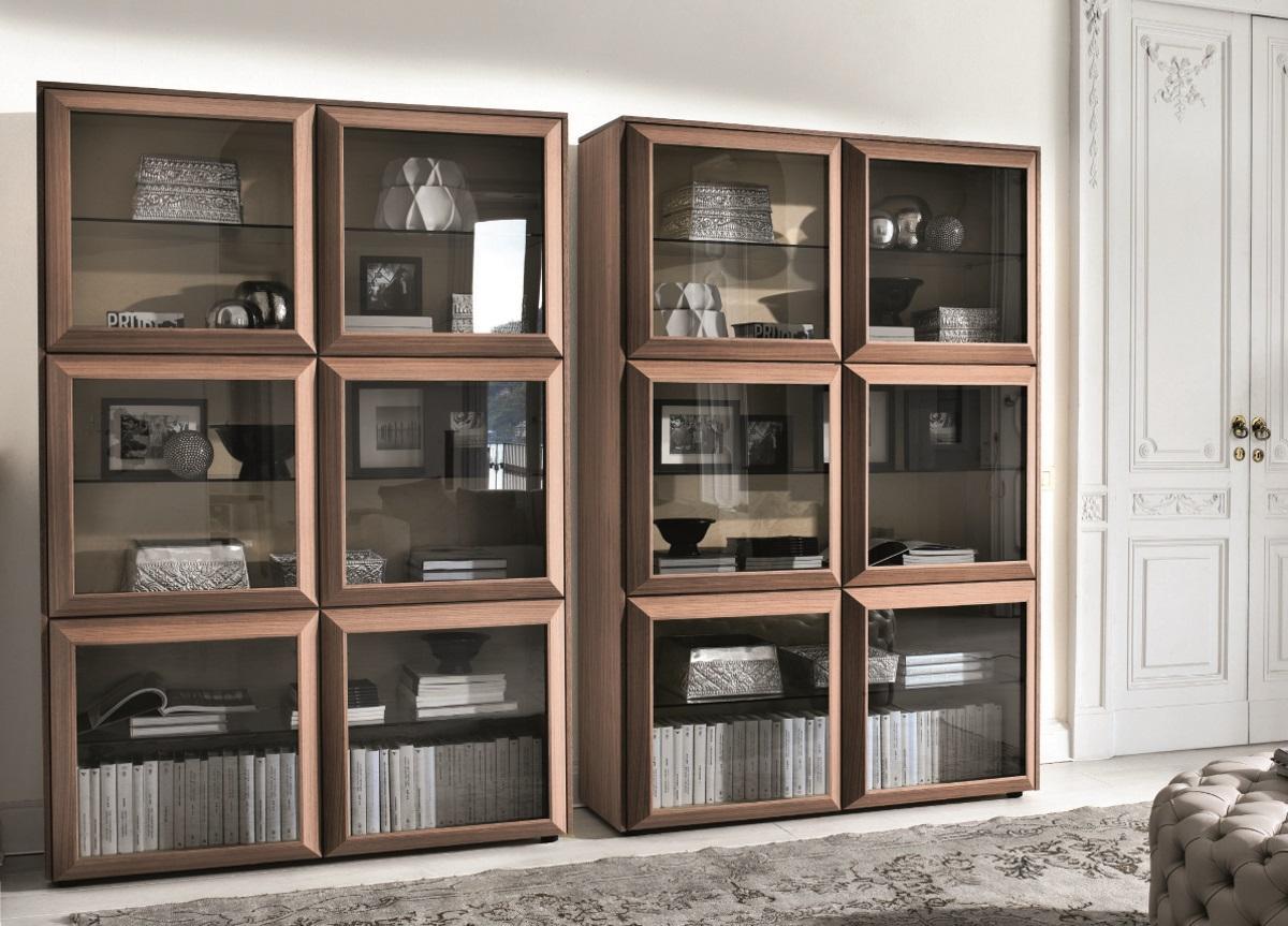 Porada Kvadro Display Cabinet