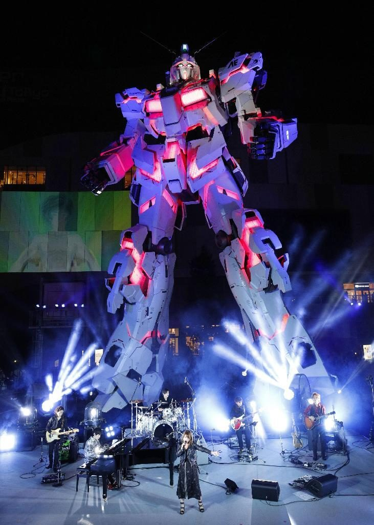 Apre al pubblico la statua a grandezza reale del Gundam Unicorn RX0 di Tokyo