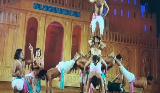 namaste-trump-panthi-dance