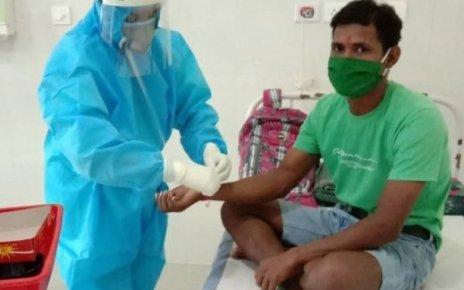 nurse-tie-raakhi-to-corona-patient