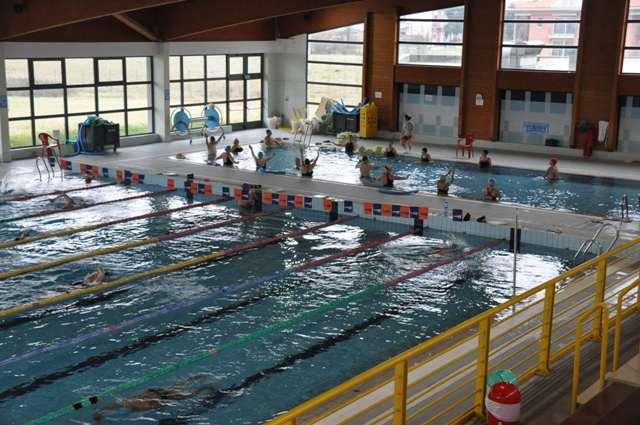 Il grande nuoto alla piscina intercomunale nel weekend 600 atleti da tutta la Toscana  gonewsit