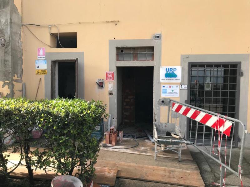 Bagno pubblico in costruzione in piazza Desideri a Cerreto Guidi  gonewsit
