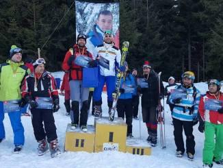 Participanții la competiția de la Muntele Băișorii