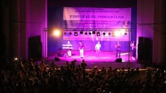 Muzică și dansuri la Euforia Eforiei. FOTO Cristina Niță.