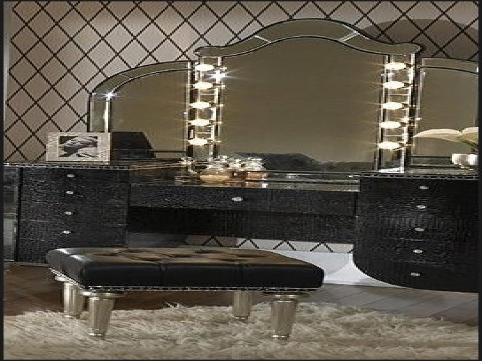 Bedroom Vanity Set With Lights Around Mirror 10