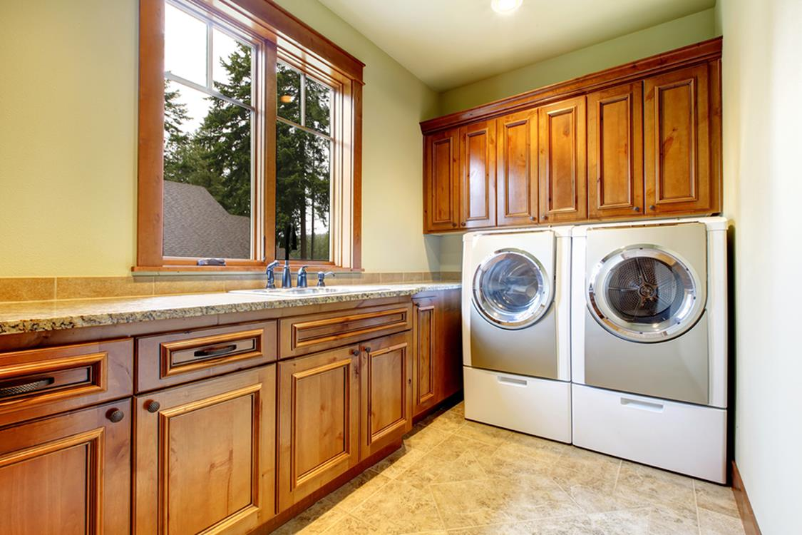 Best Paint Color For Small Laundry Room 22