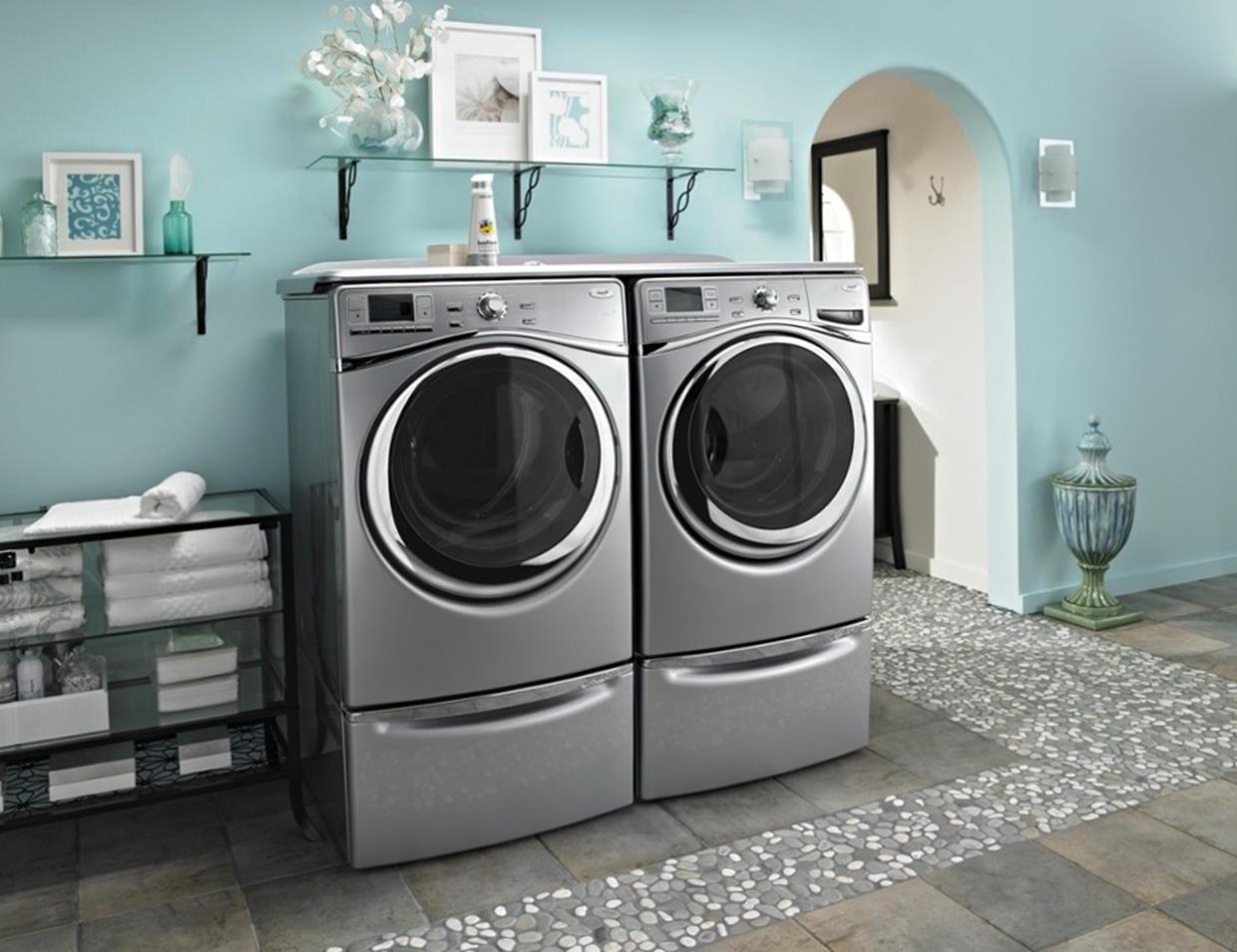 Best Paint Color For Small Laundry Room 7