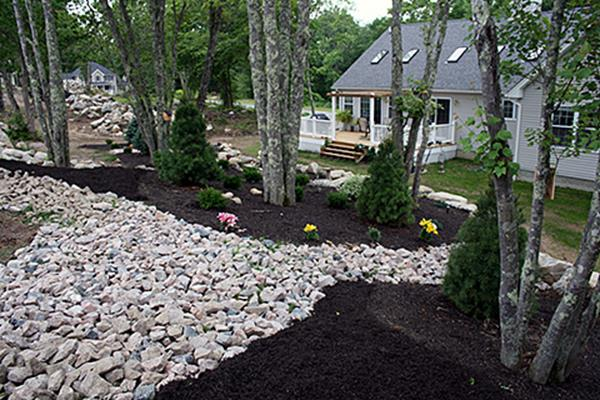 Landscaping Ideas With Rocks And Mulch 1