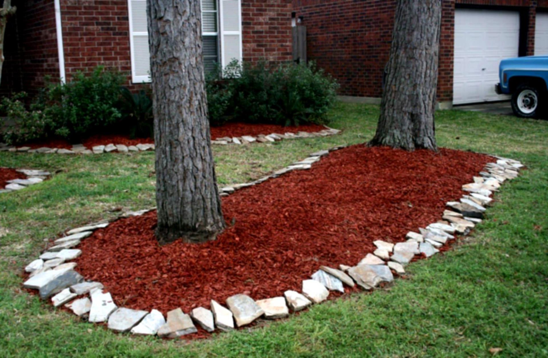 Landscaping Ideas With Rocks And Mulch 27
