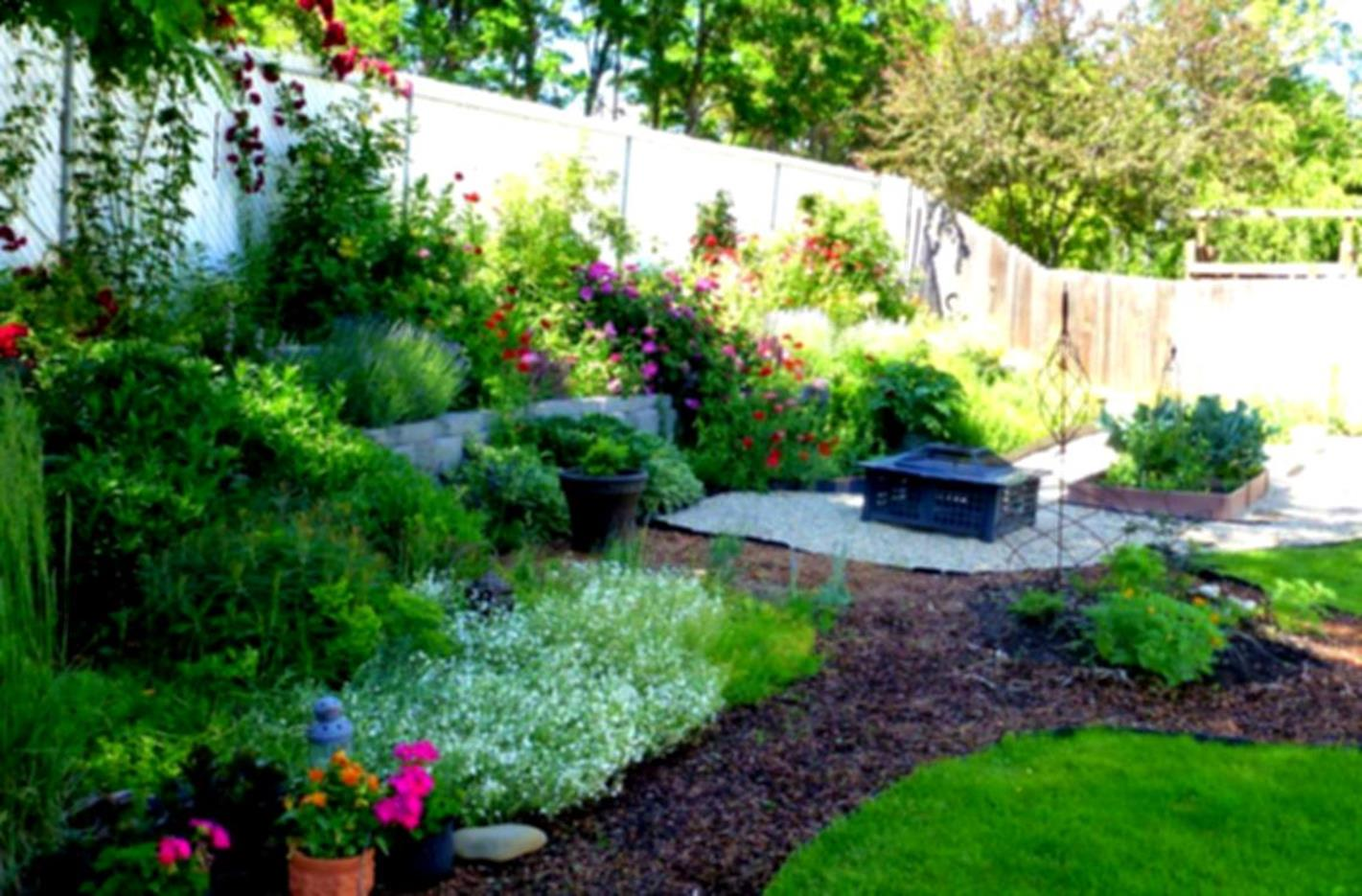 Landscaping Ideas With Rocks And Mulch 29
