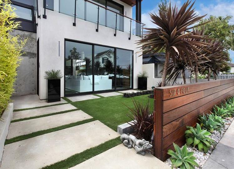 Modern Wood Fence Design Ideas 19