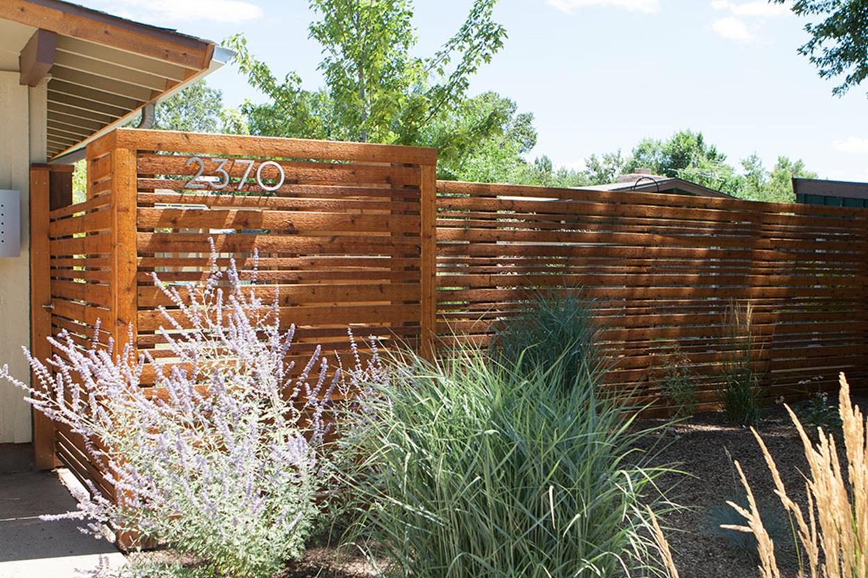 Modern Wood Fence Design Ideas 30