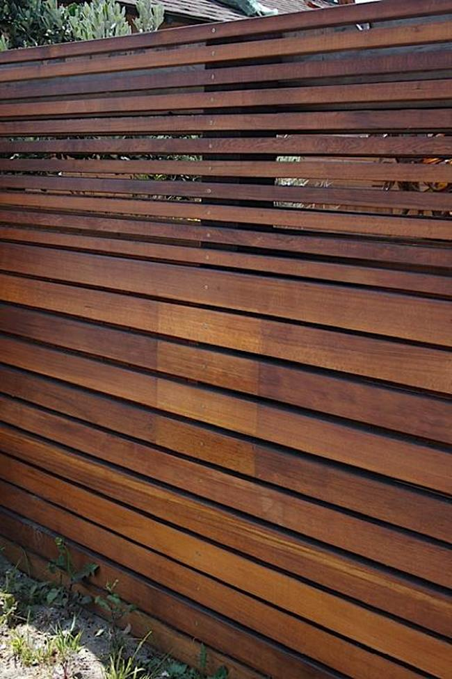 Modern Wood Fence Design Ideas 4