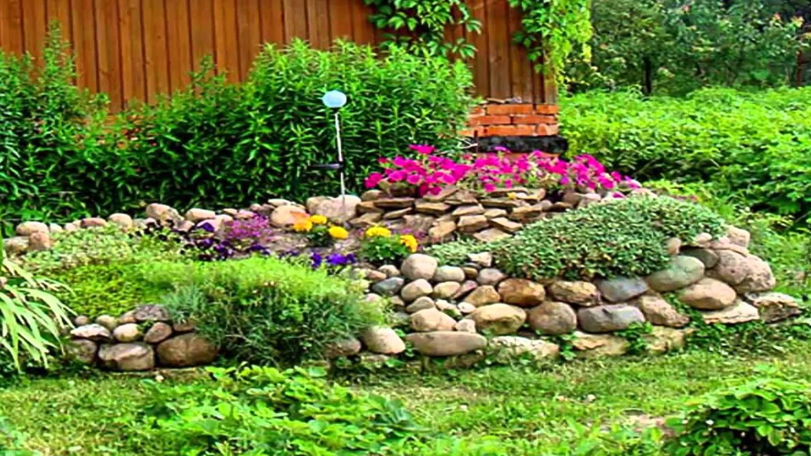Perfcet Easy Garden Landscaping Design Ideas 25