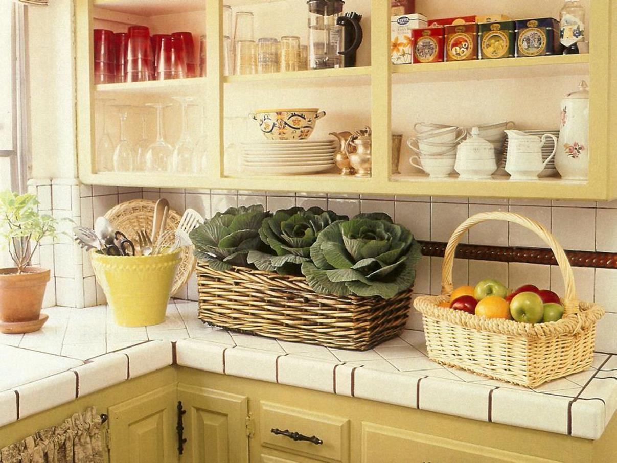 Small Country Kitchens Design and Decor Ideas 36