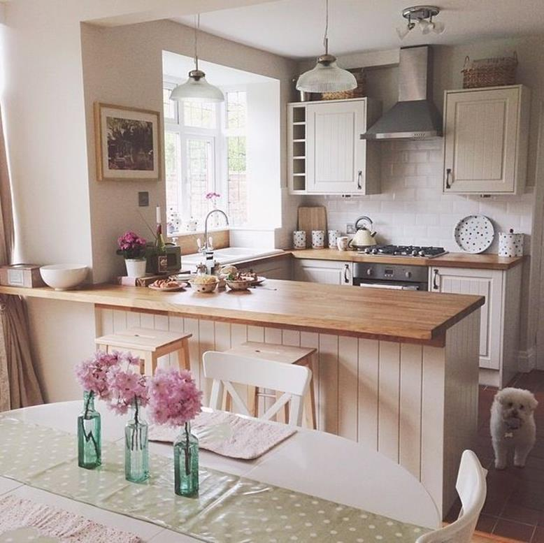 Small Country Kitchens Design and Decor Ideas 4