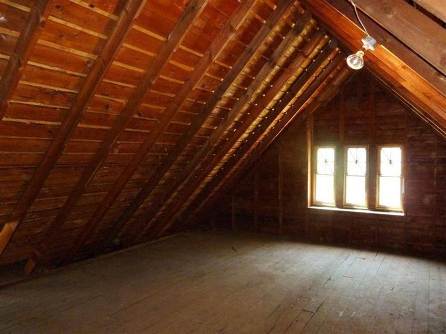 Walk Up Attic Remodeling Ideas 20