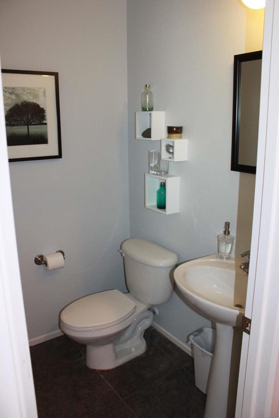 Gray Half Bathroom Decorating Ideas On A Budget 36