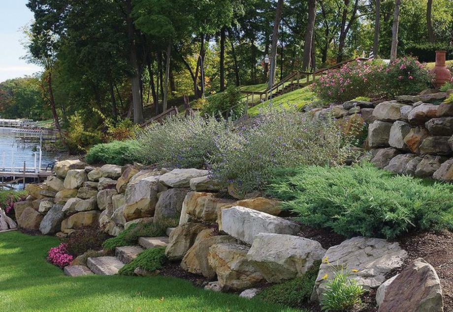 Lakefront Property Landscaping Ideas 2
