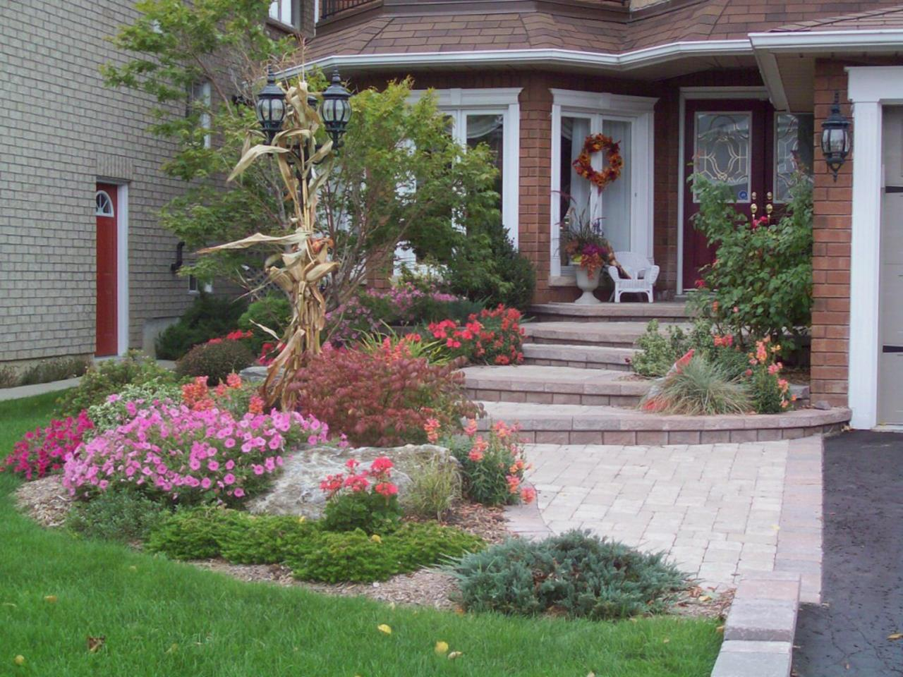 Lakefront Property Landscaping Ideas 6