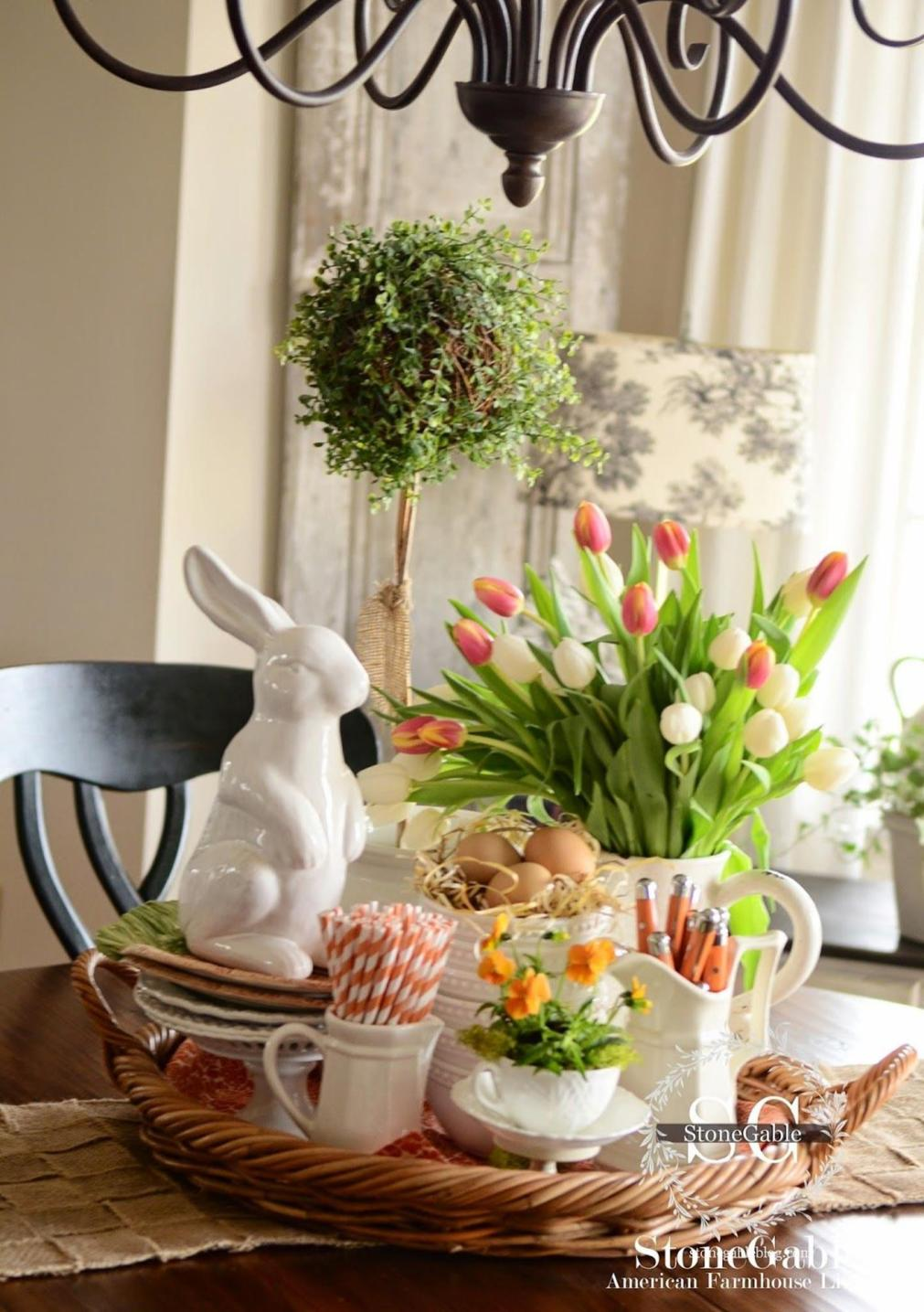 Spring Farmhouse Decorating Ideas 8