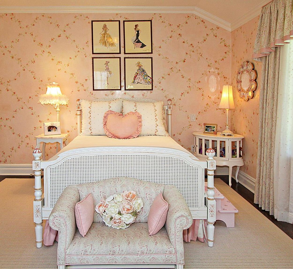 Vintage Girl Bedroom Decorating Ideas 15