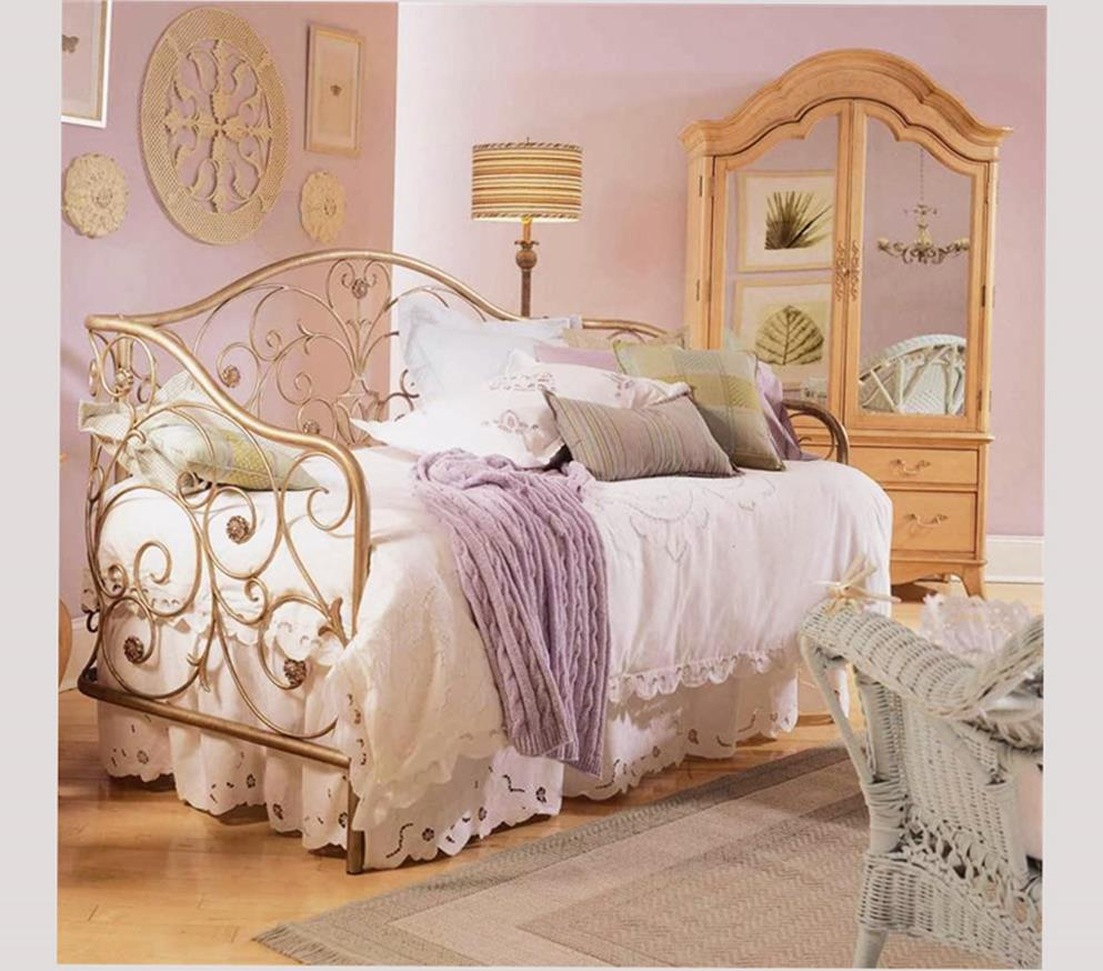 Vintage Girl Bedroom Decorating Ideas 6