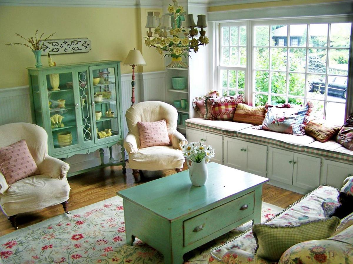 Gorgeous Shabby Chic Apartment Decorating Ideas 43