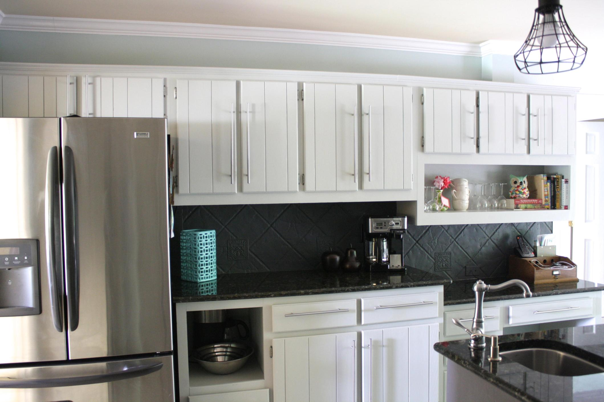 Light Grey Kitchen Cabinets Ideas 34
