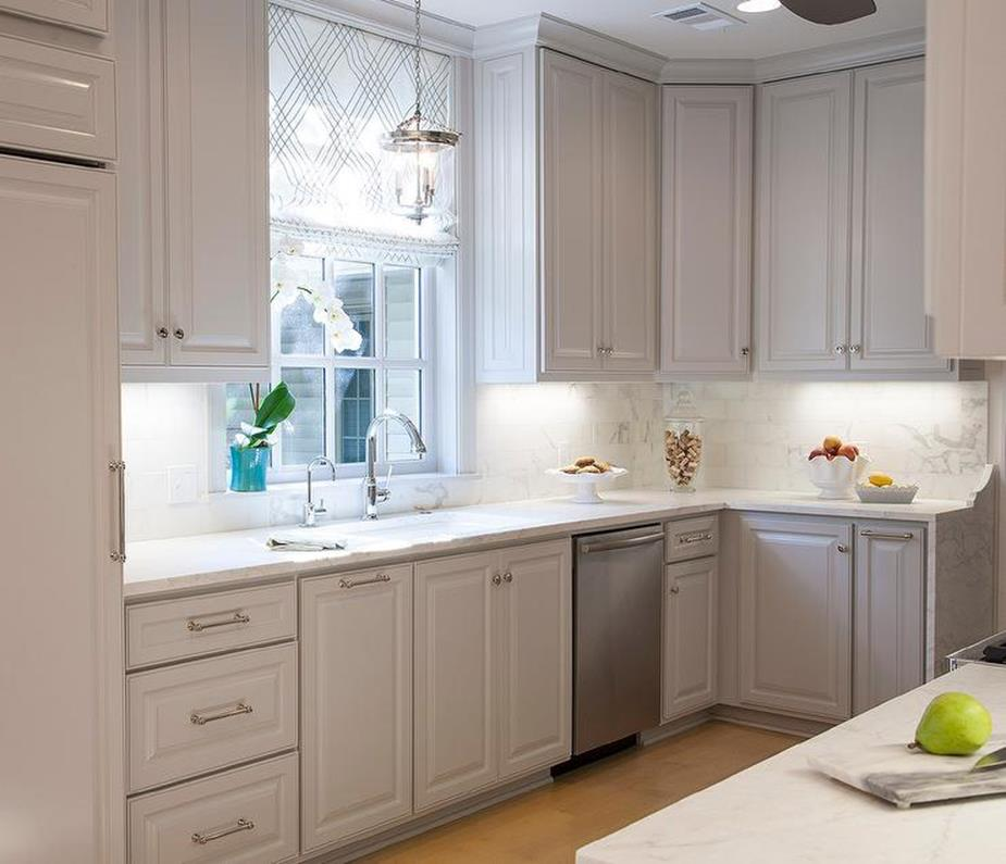 Light Grey Kitchen Cabinets Ideas 41