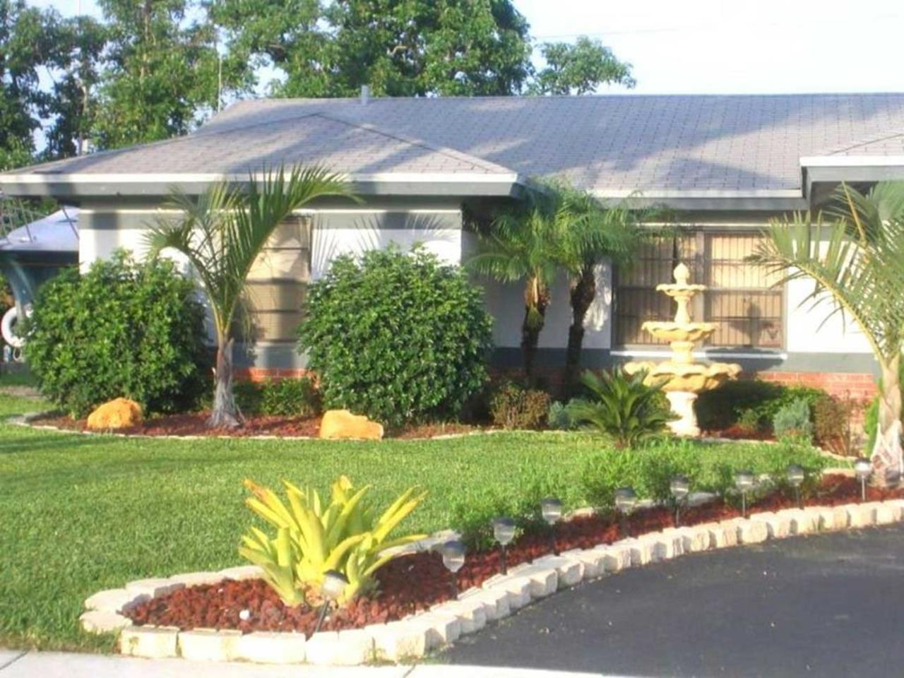Perfect Landscaping Ideas for Small Yards 5