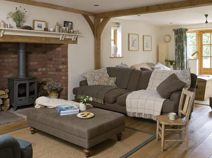 Yellow Cottage Living Room Decorating Ideas 6