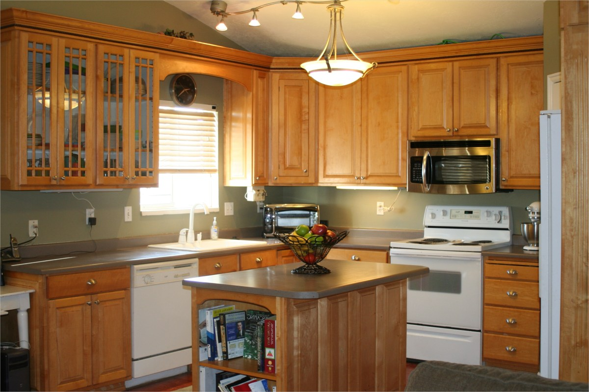 Kitchen with Maple Cabinets Color Ideas 79 Kitchen Lake forest Park Residence 109 Kitchen Color Ideas with Maple Cabinets Ahhualongganggou 5