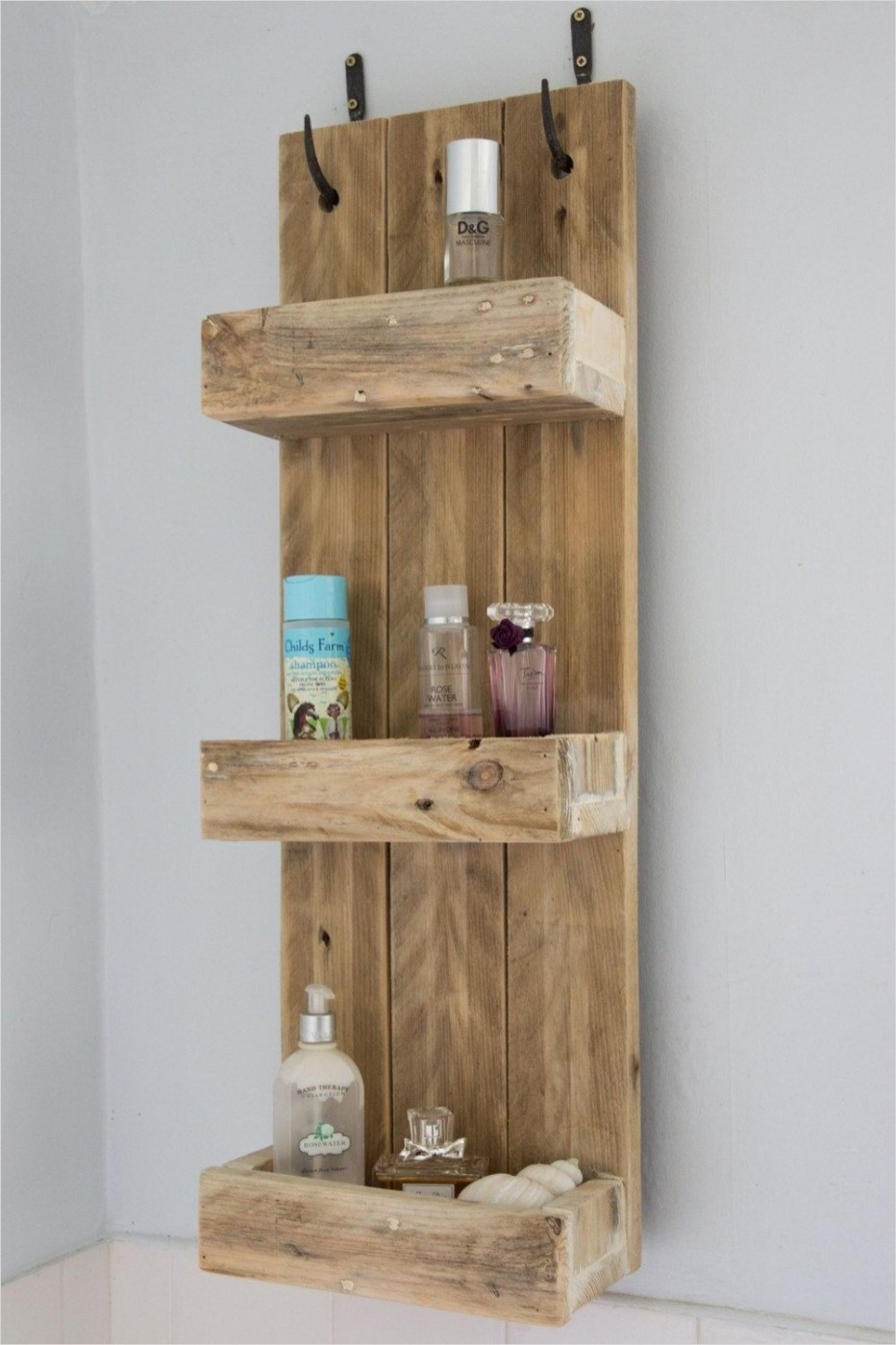 44 Creative Ideas Rustic Bathroom Walls Shelf 55 Rustic Bathroom Shelves Made From Reclaimed Pallet Wood 2