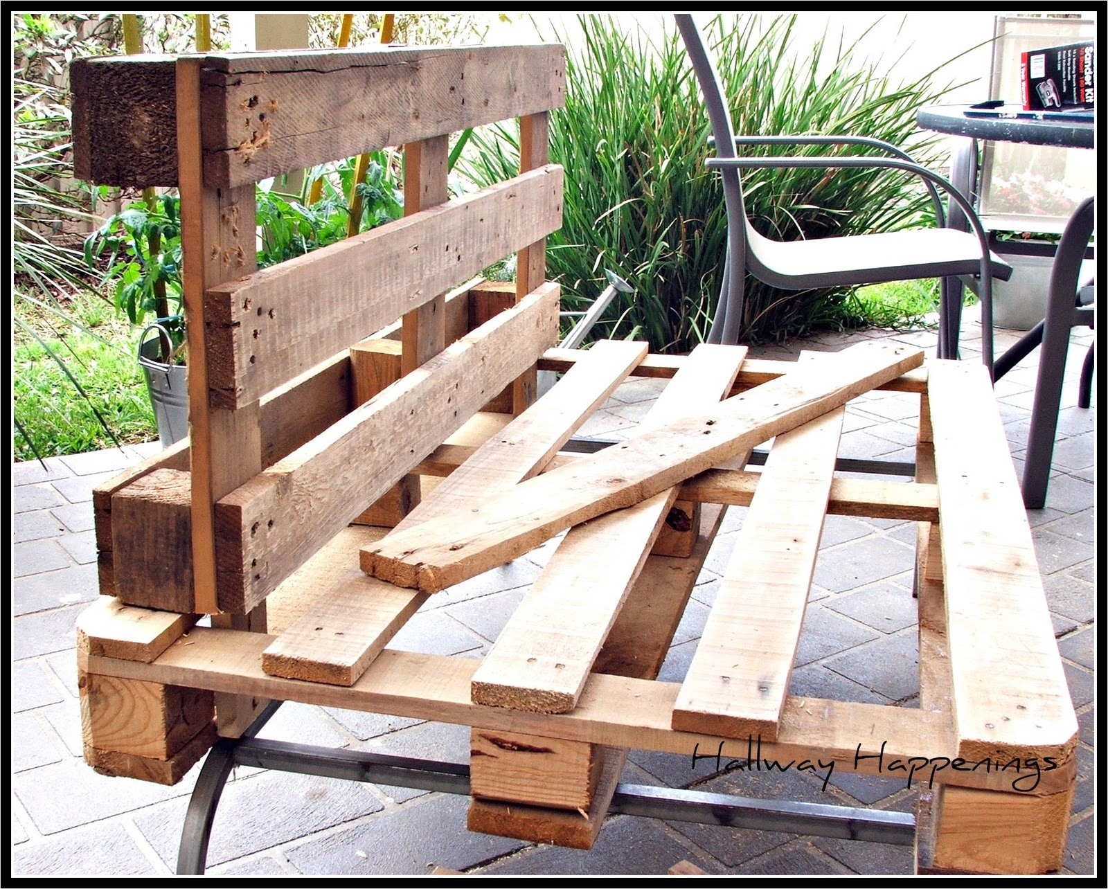 40 Diy Ideas Outdoor Furniture Made From Pallets 32 How to Make Pallet Patio Furniture Elegant S Outdoor Furniture Made From Pallets Ahfhome 6