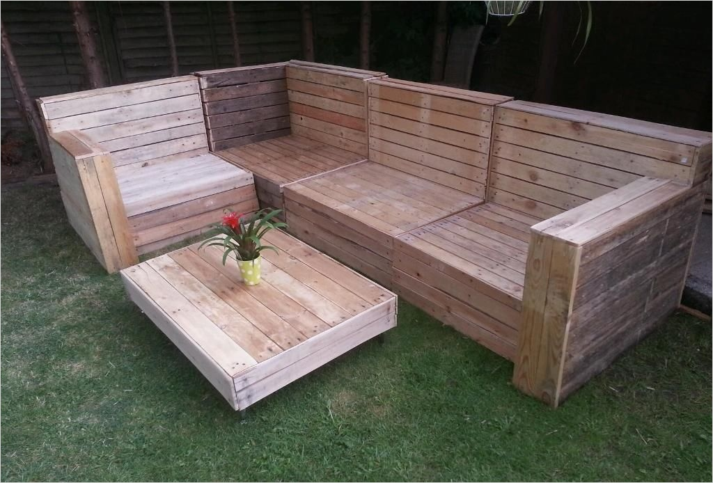 40 Diy Ideas Outdoor Furniture Made From Pallets 56 Outdoor Furniture Made From Wooden Pallets Outdoor Furniture Made From Pallets with A Modern 2