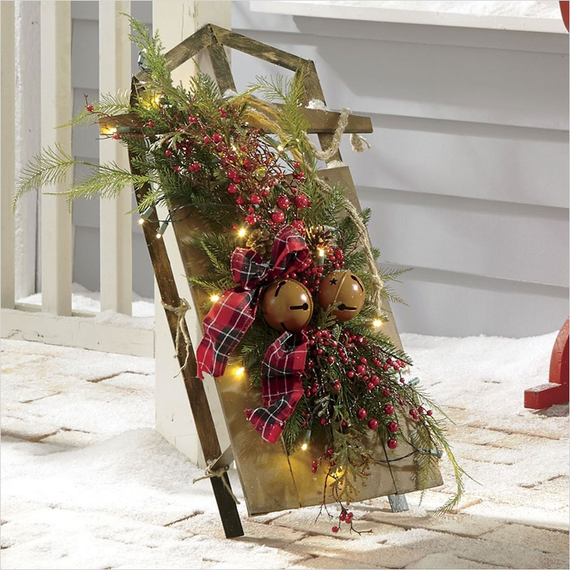 41 Amazing Country Christmas Decorating Ideas 88 Easy Christmas Outdoor Decorating Ideas 7