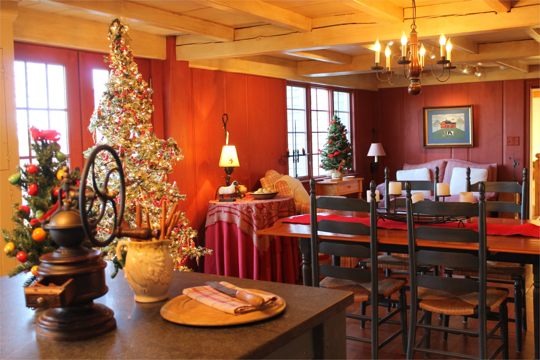 42 Awesome Kitchen Christmas Decorating Ideas 18 Our Christmas Kitchen is Filled with Sweet Smells 4