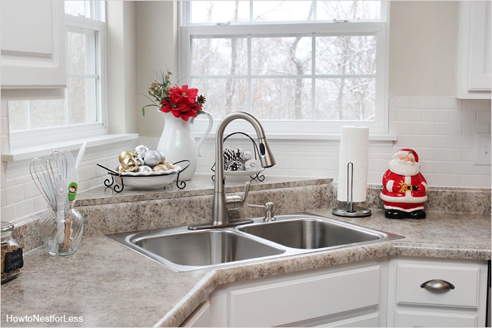 42 Awesome Kitchen Christmas Decorating Ideas 36 Christmas Kitchen Décor How to Nest for Less™ 4